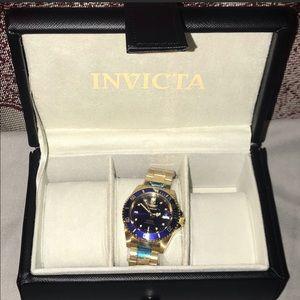 Invicta Watch and Storage Case